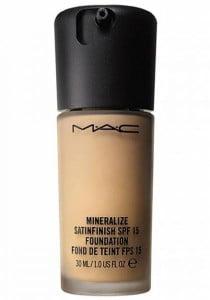 Тональный крем MAC